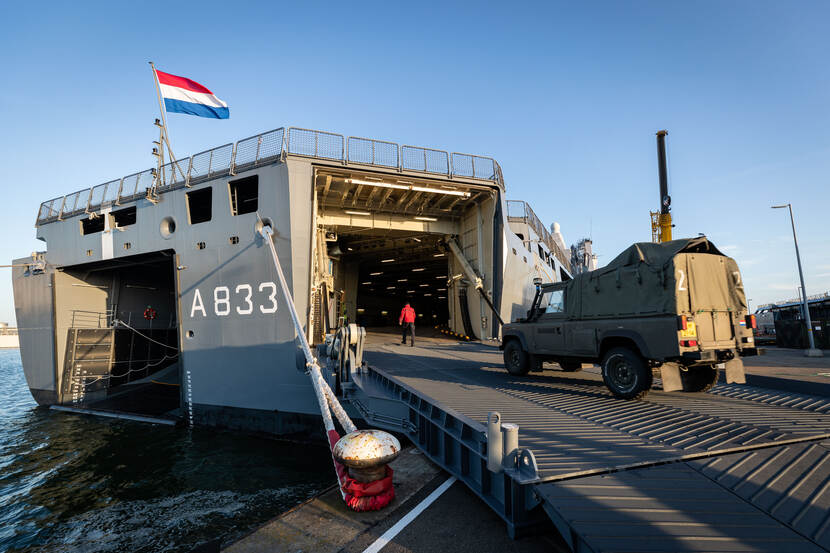 HNLMS Karel Doorman is loaded before leaving for the Caribbean.
