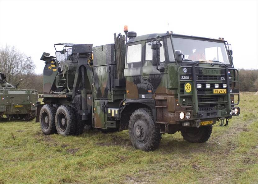 DAF YBZ-3300 recovery vehicle.